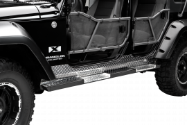 Jeep JKU Rock Bars w/ Diamond Tread Steps